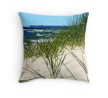 dune grass Throw Pillow