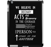 DVRGNT - Quote by Veronica Roth (2) iPad Case/Skin