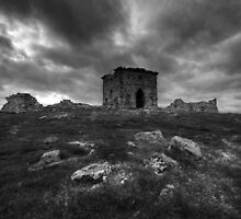 ROTHLEY RUINS IN B&W by STEVE  BOOTE