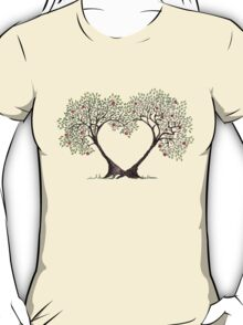 love trees T-Shirt