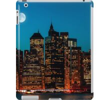 Manhattan at night iPad Case/Skin