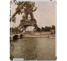 Eiffel tower  iPad Case/Skin