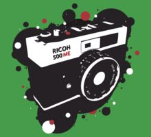 Retro Camera by panaromic