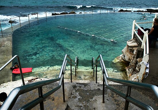 Bronte Ocean Pool by Nicole Goggins