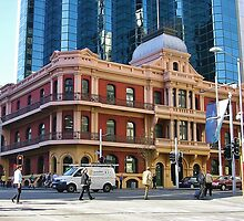Old And New In Perth by lezvee