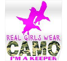 REAL GIRLS WEAR CAMO - DUCK HUNTER Poster
