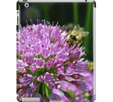 Bumble Around With Me iPad Case/Skin