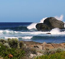 Spray, surf and rocks by georgieboy98