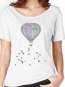 Air Women's Relaxed Fit T-Shirt