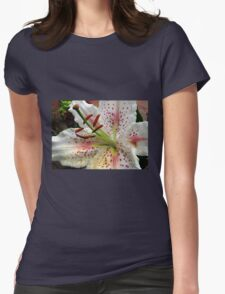 Perfume and Pollen - Beautiful Oriental Lily  T-Shirt