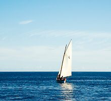 Sailing boat by mrfotos