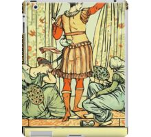 The Sleeping Beauty Picture Book Plate - He reached the guard, the court, the hall iPad Case/Skin