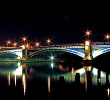Victoria Bridge by Richard Leeson