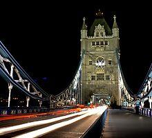 Tower Bridge Traills by Richard Leeson