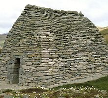 Gallarus Oratory, Ireland by Peter Stephenson