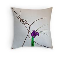 Ikebana-119 Throw Pillow