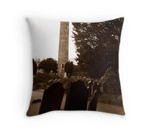 Round tower of Glendalough Throw Pillow
