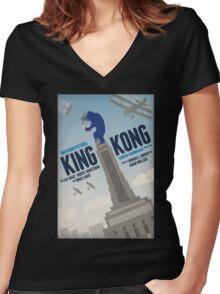 King Kong 1933 alternative movie poster Women's Fitted V-Neck T-Shirt