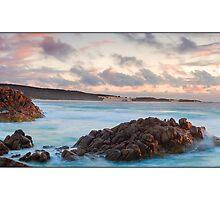 Wyadup Rocks by Kirk  Hille
