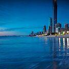 dawn at surfers by GeoffSporne