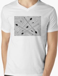 Jarrarl - spear / Back in black Mens V-Neck T-Shirt