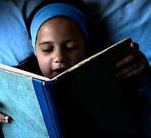 Bookworm in blue by micklyn