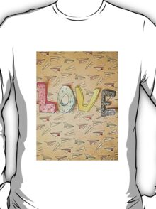 LOVE and Paper Planes  Design T-Shirt