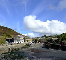 Mullion Cove, Cornwall Oct 2008 by Claire Aberlé