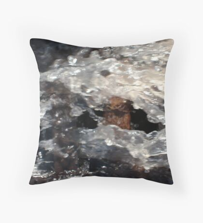 finding breathing room 5 Throw Pillow