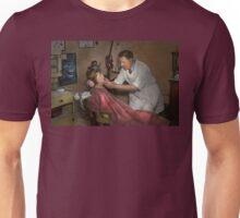 Dentist - Making an impression Unisex T-Shirt