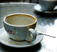 Empty Coffee Cup by michaelcommon
