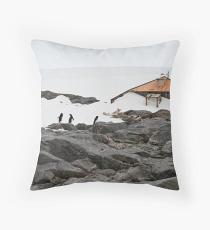Hi Ho! Throw Pillow