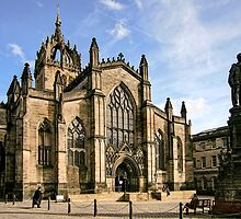 St Giles' Cathedral and Parliament Square by Christine Smith