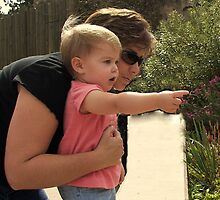Olivia and Mommy at the Denver Zoo by Fareday