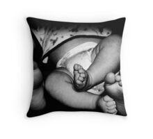 'All feet' Throw Pillow