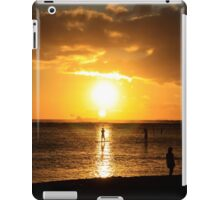 Paddle Boarding Ala Moana iPad Case/Skin