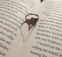 ring heart  by theblankkcanvas