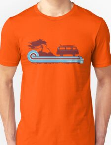 'Longboard' Surf Retro Design in Maroon & Aqua Unisex T-Shirt