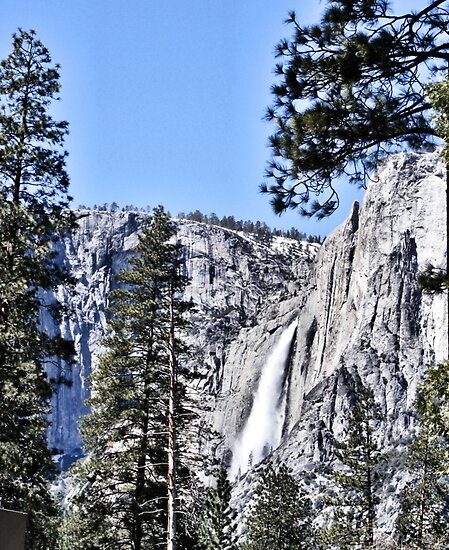 Upper Yosemite Falls by NancyC