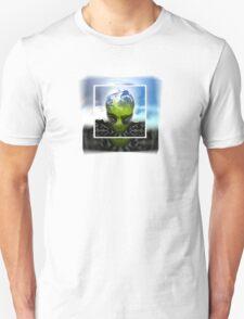alien earth T-Shirt