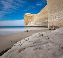 Tunnel Beach 2 by Werner Padarin