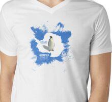 chillen in antartica Mens V-Neck T-Shirt