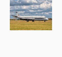 Hawker Siddeley Nimrod R.1 XW665 SIGINT aircraft Unisex T-Shirt