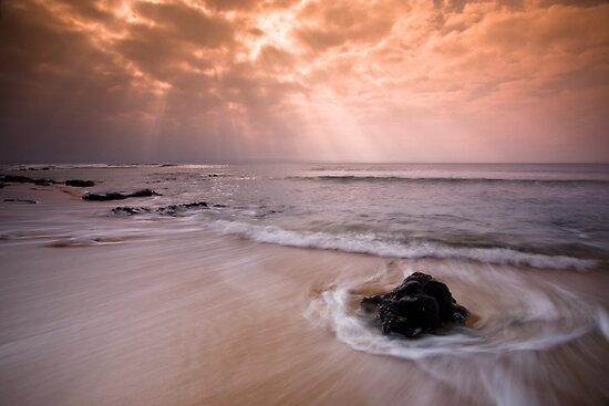 Lighting up the Surf by Alistair Wilson