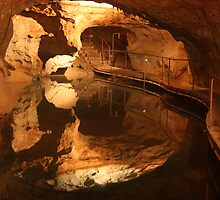 Colours of Jenolan Caves 1 of 3 by Scott Westlake