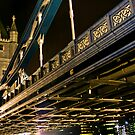 Tower Bridge by miclile