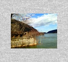 Harpers Ferry, Potomac River Unisex T-Shirt