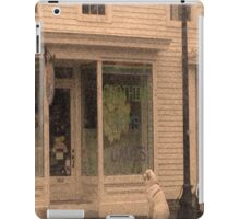 A Great Pyrenees Waiting iPad Case/Skin