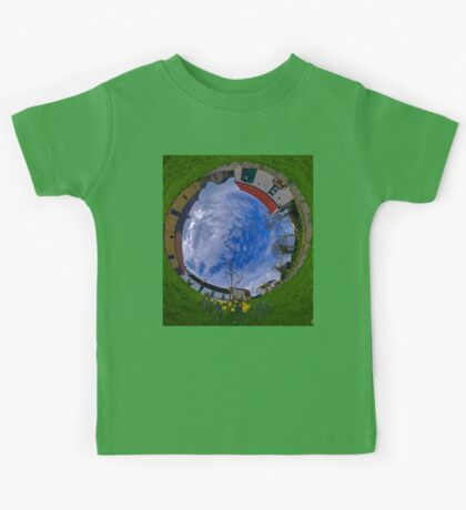 Hanna's Close, County Down (Sky In) Kids Tee