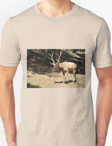 Elk side Unisex T-Shirt